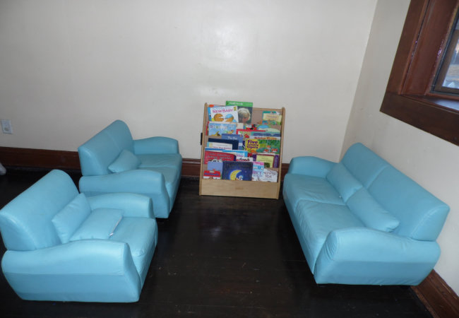 mini sofa for kids