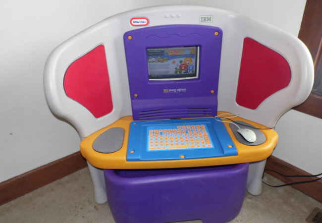 computer table toy